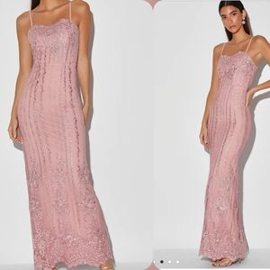Lulu's | Mauve Embroidered Sleeveless Gown